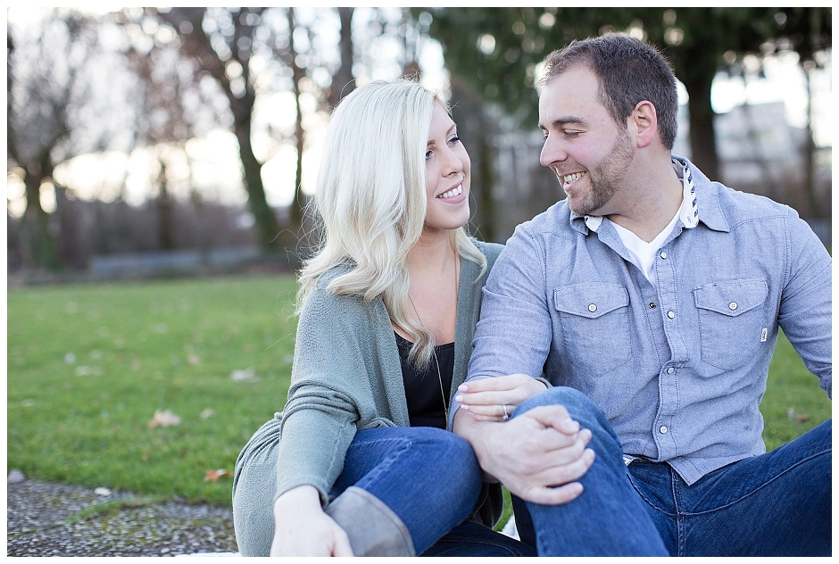 Alton Baker Park - Eugene Oregon Engagement Session - Jenn and Chris - Stevi Sayler Photography